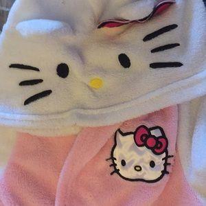 Hello kitty bathrobe